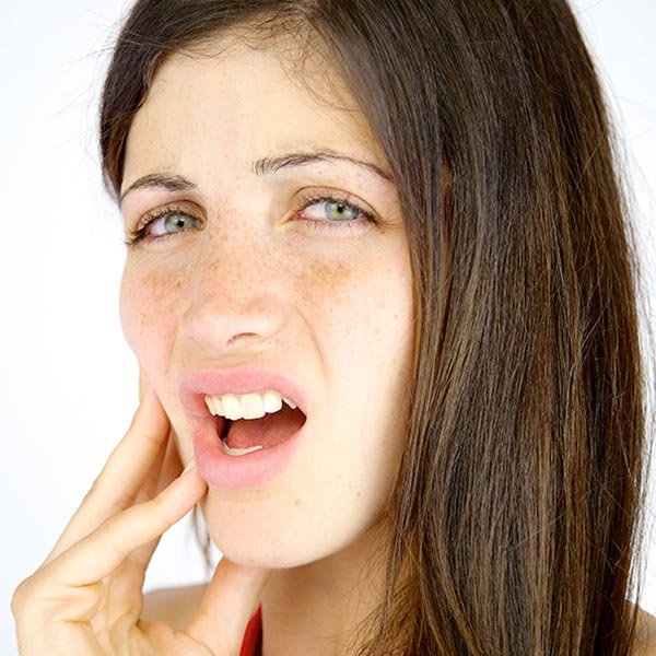 Tooth Extraction   Sarcee Dental   NW Calgary   General and Family Dentist